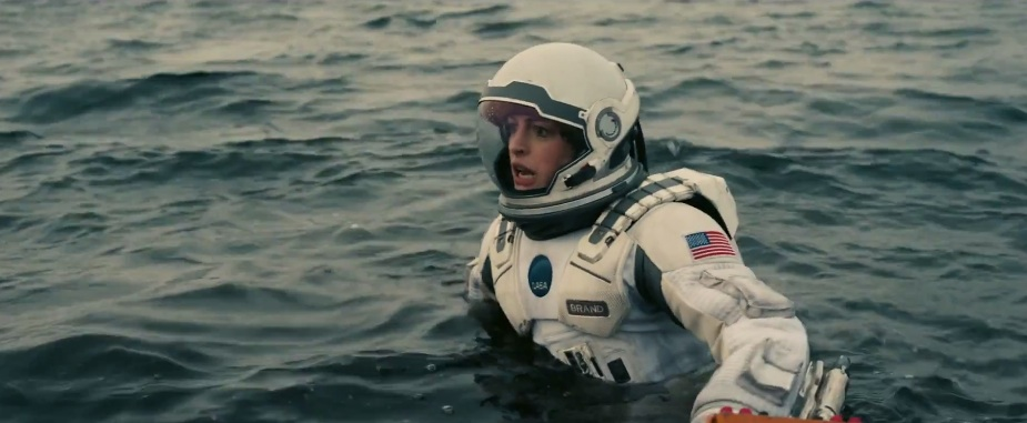interstellar46-anne-hathaway